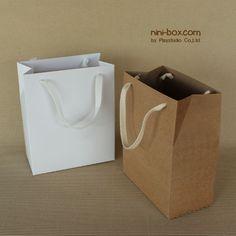 """ขายถุงกระดาษขนาดเล็ก 5.75""""*7""""*3""""คุณภาพดี 2000/100ใบ"""