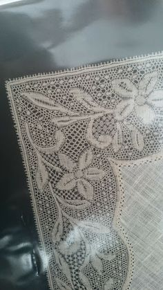 Online shopping from a great selection at Arts, Crafts & Sewing Store. Bobbin Lace Patterns, Doily Patterns, Lace Weave, Romanian Lace, Bobbin Lacemaking, Vintage Handkerchiefs, Linens And Lace, Needle Lace, Fine Linens