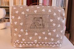 Beautiful sewing machine cover!!  PRÓXIMOS MONOGRÁFICOS DE ENERO Y FEBRERO