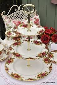 Resultado de imagen para old country roses three tier cake stand
