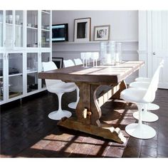 love this table. @Rachel did you buy the one?