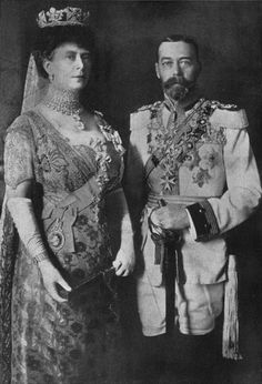 King George V and Queen Mary, the grandparents of Queen Elizabeth