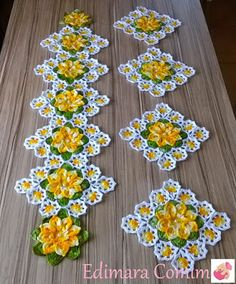 How to Crochet a Solid Granny Square Crochet Flower Patterns, Doily Patterns, Crochet Motif, Crochet Flowers, Diy Crafts Crochet, Crochet Home, Crochet Projects, Crochet Table Runner Pattern, Crochet Tablecloth