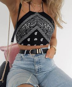 10 Cute Crop Tops You Need For Summer. Source by 10 Cute Crop Tops You Need For Summer. Source by outfits summer Teen Fashion Outfits, Mode Outfits, Look Fashion, Girl Outfits, Teenager Outfits, Winter Fashion, Fashion Coat, College Outfits, Fashion Dresses