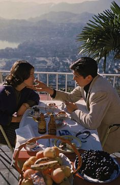 Sans m'en faire, je vais t'assurer un enfer. - Alain Delon & Romy Schneider in Switzerland, 1959.