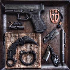 Glock 19 w/Custom Stippling Dragon Cut Crusader Multi-Tool in Copper w/matching…