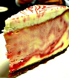 Strawberry Daiquiri Cheesecake Made with Rum and Triple Sec; alcohol effect is destroyed once it is baked. Recipe For Strawberry Daiquiri Cheesecake Triple Sec, Cheesecake Recipes, Dessert Recipes, Your Soul, Strawberry Recipes, Just Desserts, Desserts Diy, Let Them Eat Cake, Clean Eating Snacks