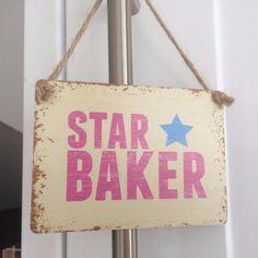 SHABBY COUNTRY CHIC STAR BAKER   BAKING MINI METAL SIGN