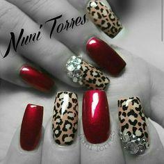 Nuni Torres Leopard nails ✿⊱╮
