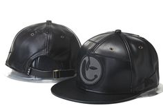 best loved 0e6fb 51d43 Yums Strapback Hats Caps All Leather Black