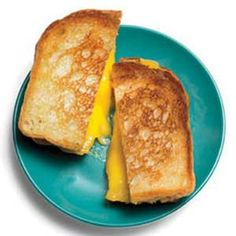 9 Ways to Make Grilled Cheese | http://www.rachaelraymag.com/food-how-to/cooking-tips/9-ways-to-make-grilled-cheese