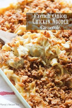 cooking recipes You can use chicken or leftover turkey to make this French Onion Chicken Noodle Casserole. Its comfort food for the coming winter that everyone will love. Fun Easy Recipes, Easy Meals, Dinner Recipes, Dinner Ideas, Pollo Guisado, French Onion Chicken, Chicken Noodle Casserole, Comfort Food, Casserole Recipes