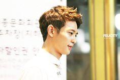 Minho (SHINee) @ Miss Korea 13.06.04 ~  Source : http://choiminho.net/