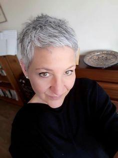 Short Gray Hair, Grey Hair Over 50, Very Short Hair, Short Hair With Layers, Layered Hair, Short Hair Cuts, Short Hair Styles, Hairstyles Over 50, Pixie Hairstyles