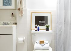 BizJones_204Wyckoff_Bathroom_web.jpg