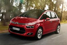 The Citroen Picasso will offer claimed segment-first safety technology when it arrives in Australian showrooms in February. Citroen Australia says the compact Picasso MPV will be the first vehi . Picasso, Psa Peugeot Citroen, Citroen Ds, Minivan, Motor Diesel, Automobile, Cars Motorcycles, Super Cars, Technology