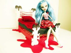 How to make a Ghoulia Yelps Doll Bed Tutorial/ Monster High