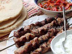 Souvlaki a la Jamie Oliver, poza 1 Kebabs, Tzatziki, Jamie Oliver, Pork, Meat, Kale Stir Fry, Kabob, Kabobs, Pork Chops