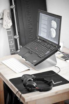 Thinkpad Work Desk