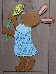 Fensterbild Tonkarton Frühling/Ostern Ein Osterhasen Mädchen mit Hyazinthe