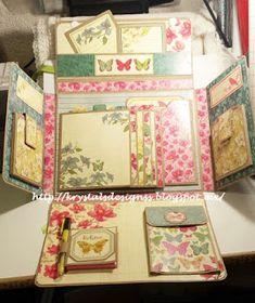 Krystal's Designs Mini Albums, Mini Photo Albums, Mini Scrapbook Albums, Album Photo, Baby Scrapbook, Scrapbook Paper Crafts, How To Make Scrapbook, Mini Album Tutorial, Crafts With Pictures