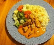 Rezept Hähnchengeschnetzeltes mit Tomaten-Käse-Sauce, Gemüse und Reis (WW) - Rezept aus der Kategorie Hauptgerichte mit Fleisch