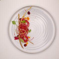 Saumon/betterave/café | Jean-Michel Carrette | Aux Terrasses. Archiving Food Photography | Gastronomy