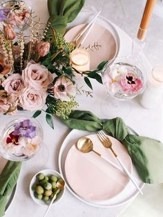 17 Incredibly Stunning Easter Table Decor Ideas | Image ©afabulousfete | Are you looking for the best easter table decor. Then you need to check out this post all about spring tablescapes. It has everything from spring tablescapes simple to spring tablescapes farmhouse. It even has spring table decorations dollar stores. #easter2021 #easterdecor #tabledecor