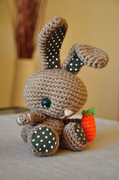 Mesmerizing Crochet an Amigurumi Rabbit Ideas. Lovely Crochet an Amigurumi Rabbit Ideas. Crochet Diy, Easter Crochet, Crochet Bunny, Crochet Crafts, Yarn Crafts, Crochet Animals, Crochet Patterns Amigurumi, Amigurumi Doll, Crochet Dolls