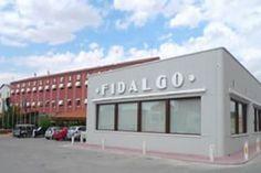 Información sobre  Hotel Fidalgo  en Calamocha El Hotel Fidalgo tiene un amplio jardín y está situado en Calamocha, a 10 minutos a pie del río Jiloca. El hotel ofrece un restaurante tradicional español y conexión Wi-Fi gratuita. Las habitaciones son modernas y disponen de una decor...