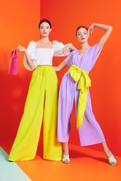 Style Fashion Tips Alice Olivia Spring 2020 Ready-to-Wear Fashion Show - Vogue.Style Fashion Tips Alice Olivia Spring 2020 Ready-to-Wear Fashion Show - Vogue Spring Fashion Trends, Fall Trends, Latest Fashion Trends, Autumn Fashion, Color Blocking Outfits, Alice Olivia, Vogue Fashion, New York Fashion, Fashion Show