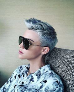 Ruby rose with pastel blue hair Short Hair Cuts For Women, Short Hairstyles For Women, Short Hair Styles, Short Pixie Haircuts, Pixie Hairstyles, Girl Haircuts, New Hair Colors, Cool Hair Color, My Hairstyle