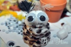 This little owl craft is made of pinecones, cotton balls and a few extra things! They're easy peasy for your little one to make with very little help! Owl Crafts, Kids Crafts, Cool Kids, Kids Fun, Little Owl, Halloween Crafts For Kids, Craft Corner, Easy Peasy, Holiday Fun