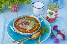 Zupa pomidorowa z czerwoną soczewicą i mlekiem kokosowym. Pomidorowa? Inaczej!