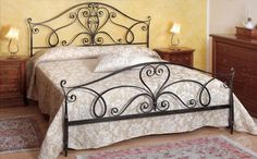 Camas de ferro de novela                                                       … Iron Furniture, Bedroom Furniture, Bedroom Decor, Bed Frame Design, Bed Design, Cama Vintage, Metal Bending Tools, Wrought Iron Beds, Woodworking Bed