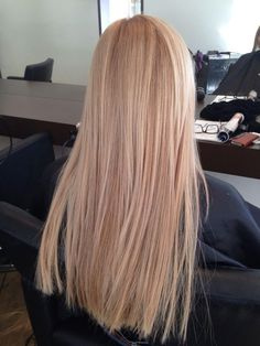 The 74 hottest blonde hair shines this summer Ecemella . - The 74 hottest blonde hair shines ecemella this summer to copy … – The 74 hott - Blonde Hair Shades, Blonde Hair Looks, Light Blonde Hair, Honey Blonde Hair, Light Hair, Dying Hair Blonde, Carmel Blonde Hair, Blonde Hair Care, Sandy Blonde