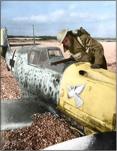 Bf 109, damaged in combat with 605 Squadron Hurricanes Messerschmitt Bf.109 E-1 7 Staffel/Jagdgeschwader 54 (White 13+)(Werke/Nr.3576). Pilot: Unteroffizier Arno Zimmermann crash-landed on the beach at Lydd in Kent, South of England. Sunday morning, 27th of October 1940 (Weather, cloudy with some bright intervals)