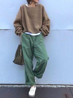 朝寒かったので、肩上がってる ぬくぬくボアのプルオーバーで、くすみカラーのゆるコーデ❤️ #comfystyle