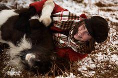 Ein bisschen Spaß muss sein! Ganz oft im Leben vergessen wir in unserem Stress und unseren Sorgen wie wundervoll das Leben eigentlich sein kann. Wie viel Leichtigkeit wir eigentlich verspüren sollten. #pferde #pferdefotografie Horse Pictures, Stress, Community, Group, Board, Inspiration, Inspiring Pictures, Beautiful Horses, Animal Photography