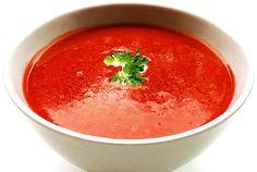 Supă rece de ROȘII (Gazpacho) – rețetă răcoritoare și sănătoasă de vară