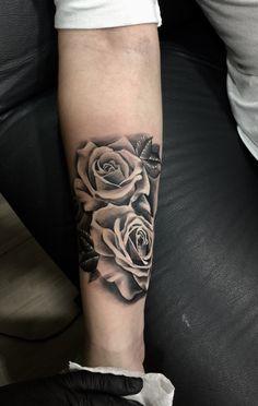 Rosas em preto e cinza realismo