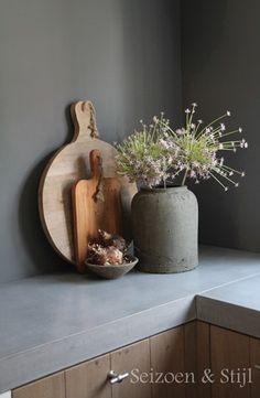 045 display with crocks Kitchen Interior, Kitchen Decor, Interior Styling, Interior Decorating, Sweet Home, Custom Made Furniture, Interiores Design, Home Decor Inspiration, Cool Kitchens