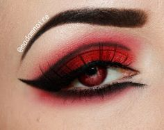 Madam Noire Makeup Studio: Red & Black Week: The Passion of Lovers Black Goth Makeup, Red And Black Eye Makeup, Black Makeup Looks, White Eye Makeup, Emo Makeup, White Eyeshadow, Gothic Makeup, Eye Makeup Art, Dark Makeup