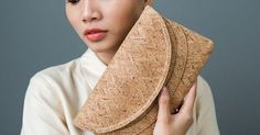 Vintage Foldover Vegan Cork Clutch // gifts for her // bridesmaid gifts  https://www.pinterest.com/pin/42080577749193684/