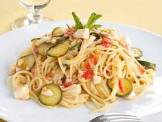 ricetta Spaghetti con branzino e zucchine alla menta Sale
