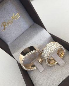 """6b431451ce9 Reisman Alianças - Desde 1967 on Instagram  """"Pensa num modelo dos sonhos...  Par de Alianças Royal ❤ 😍 Para saber o preço visite nosso site ..."""