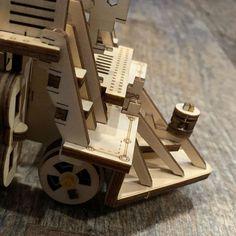Mod/èle M/écanique Puzzle en Bois Casse-t/ête pour Adultes Jouet /Éducatif pour Enfants Puzzle 3D pour Adultes Porte-Stylos en Bois /Écologique Ugears Wheel Organizer