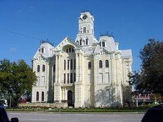 Hills County courthouse in Hillsboro Texas