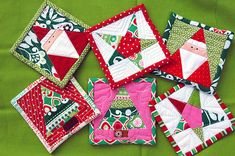 Christmas mug rugs with paper piecing!