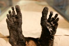 King Tut's feet
